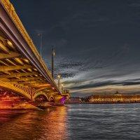 У Благовещенского моста. Санкт-Петербург :: Вячеслав Мишин