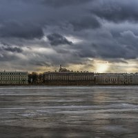 Мраморный дворец над льдами :: Valerii Ivanov