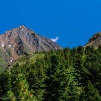 облачко в горах :: Константин Шабалин