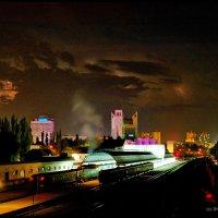 Тучи над городом встали... :: Леонид Школьный