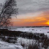 Морозный вечер :: Сергей Добрыднев