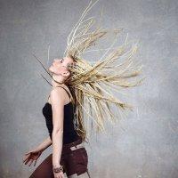 5 ритмов, спотанные танцы5 ритмов, спотанные танцы5 ритмов, спотанные танцы :: Натали Гофман