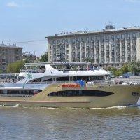 Речная флотилия 2 :: Валерий Пегушев