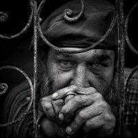 Жизнь взапрети… (Уличный портрет, старый город, Гавана, Куба) :: Roman Mordashev