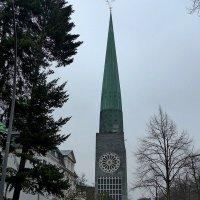 Hamburg, Hauptkirche St. Nikolai :: Nina Yudicheva