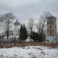 Церковь и колокольня, 16 век. :: BoxerMak Mak