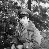 Далёкая лейтенантская юность... С праздником всех,кто служил! :: Сергей F