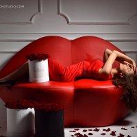гламурный диван.фотосессия :: лариса крутова