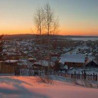 Утро в поселке :: vladimir Bormotov