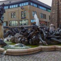 Нюрнберг,фонтан Брачная карусель :: Сергей Цветков