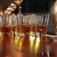 Виски со льдом? :: Руслан Сасонов