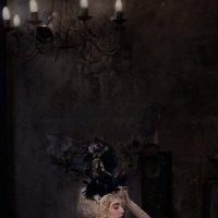 Дама с каменьями :: Анна Меркулова