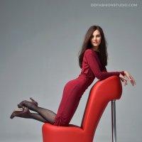 на стульчике :: лариса крутова