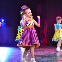 Юные танцоры. :: cfysx