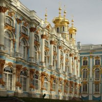 И сам дворец ея Величества во всей красе. :: Владимир Гилясев