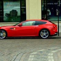Спорный дизайн Ferrari FF :: Денис Кораблёв