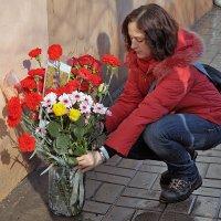 Цветы для Немцова :: Николай Белавин