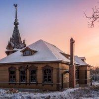 Дом-модерн с петушком :: Юлия Батурина
