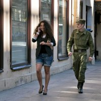 Идёт солдат по городу.... :: АЛЕКСАНДР СУВОРОВ