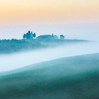"Восход над облаком тумана.  Из серии ""Toscana - amore mio"" :: Ашот ASHOT Григорян GRIGORYAN"