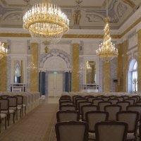 В зале дворца :: Aнна Зарубина
