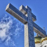 Видишь там на горе.....возвышается крест.... :: Светлана Игнатьева