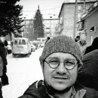 На блошином рынке) :: Евгений Золотаев
