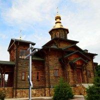 Единственная в ЮФО бревенчатая церковь. :: Aлександр **