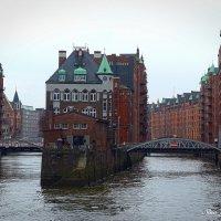 Hamburg, Wasserschloss Speicherstadt :: Nina Yudicheva