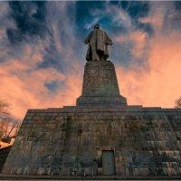 монумент1 :: yameug _