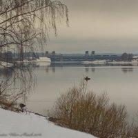 Весенняя Волга. :: Виктор Евстратов