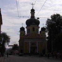 Греко - католический  храм  в  Черновцах :: Андрей  Васильевич Коляскин