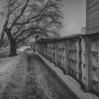 Улочка фабричная Ч/Б :: Константин Сафронов