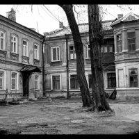 двор :: Анастасия Бондаренко