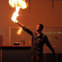 На уроке химии :: Тахир Мурзаев