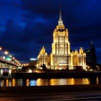 Огни ночного города :: Алексей Соминский