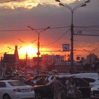 Урбанистический закат... :: Татьяна Буркина