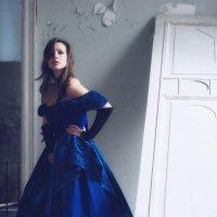 blue velvet :: Karol Key