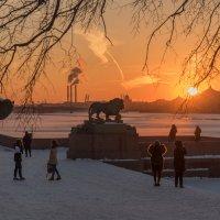 Первый весенний закат... :: Марина Павлова