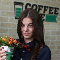 Дарите девушкам цветы :: Alexander Varykhanov