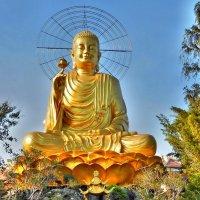 Вьетнам. Золотой Будда в Далате :: Вячеслав Губочкин