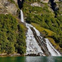 Водопад Жених, Гейрангерфьорд, Норвегия. :: Наталья Иванова