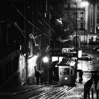 Ночь, дождь, Лиссабон :: Александр Амеличкин