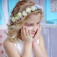 Дети, обнимают крепко и искренне, а главное - с любовью и просто так... :: Наталья Александрова