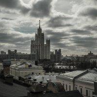 Весеннее небо над городом :: Наталья Rosenwasser