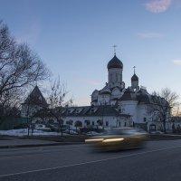 Жёлтое такси в селе Раёво. :: Яков Реймер