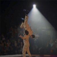 Акробатика на льду3 :: Shmual Hava Retro