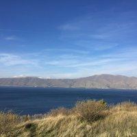 Армения, озеро Севан :: Дмитрий Пирадов