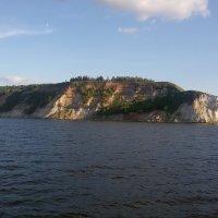 Берег реки Волги :: Сергей Тагиров