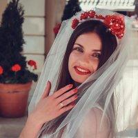 * :: Lena Kanaschuk